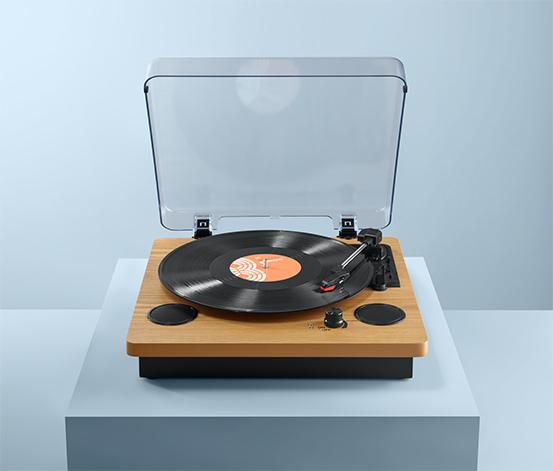 Gramofon »Dual DTR 61« z wbudowanymi głośnikami