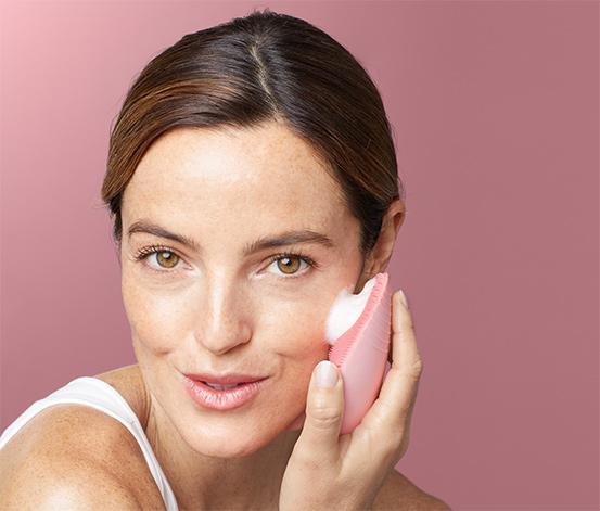 Silikonowa szczoteczka elektryczna do oczyszczania twarzy