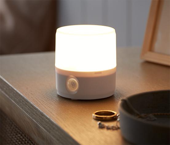 Wielofunkcyjna lampka LED z czujnikiem ruchu